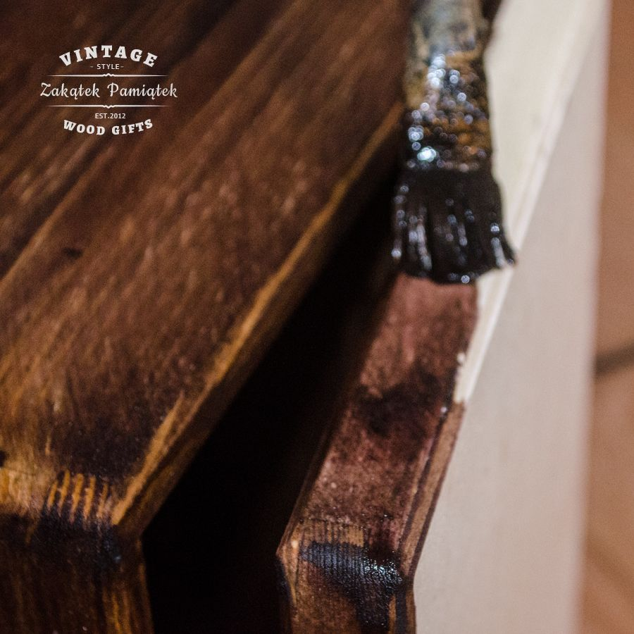 Malowanie drewna bejcą nie jest prostą czynnością