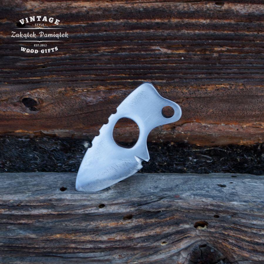 Mały nóż kieszonkowy