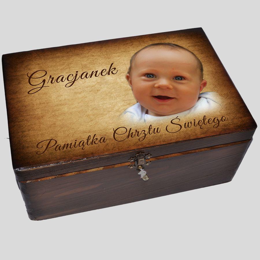 Brązowe pudełko z przegródkami
