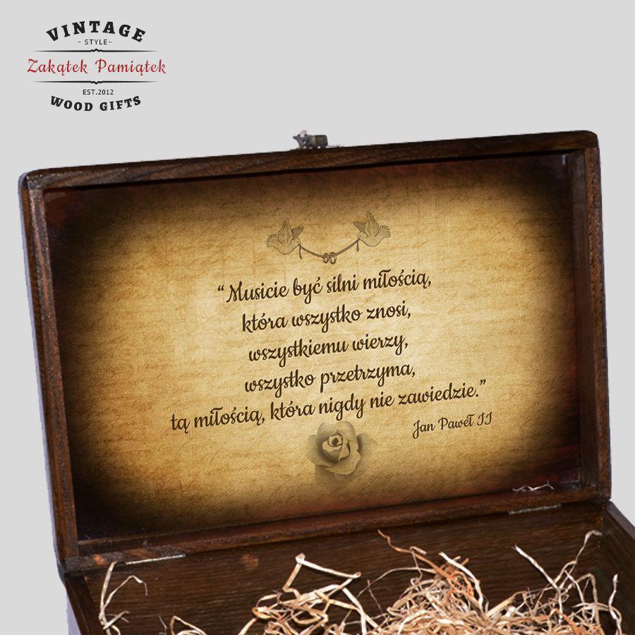 Kuferek Ślubny brązowy obrączki złote