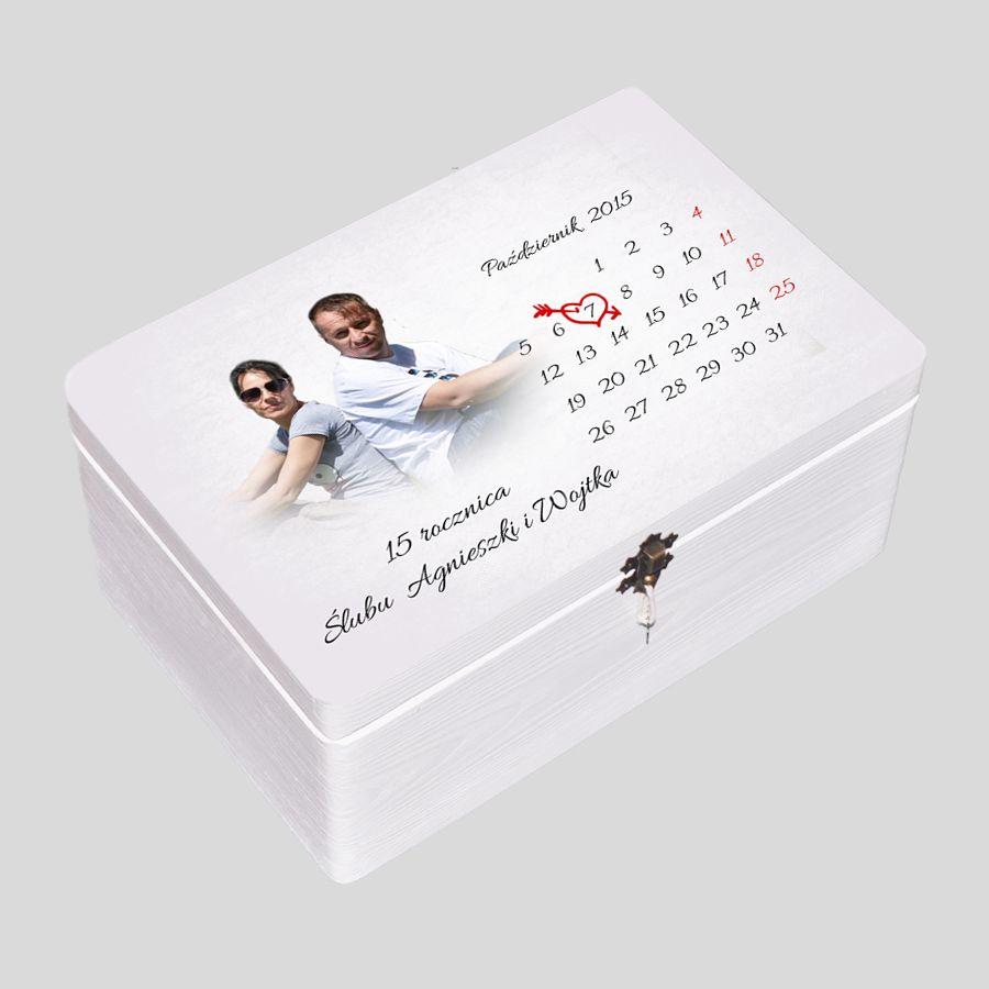Kuferek biały kalendarz