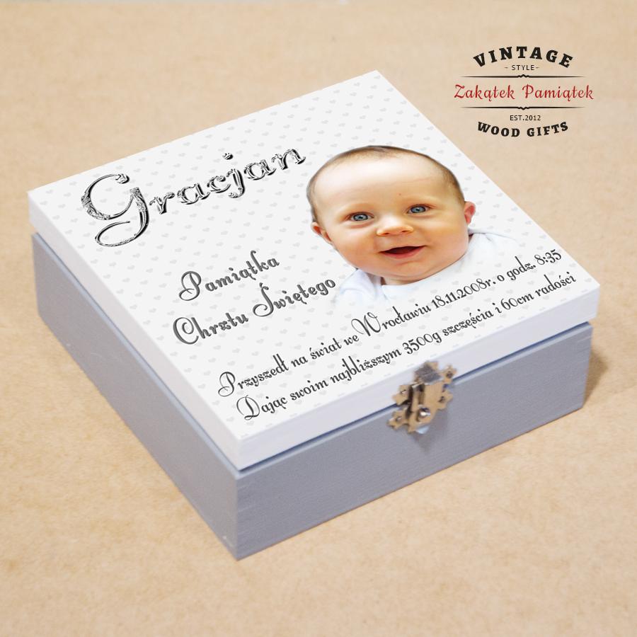 Biało szare pudełko wspomnień dla dziecka
